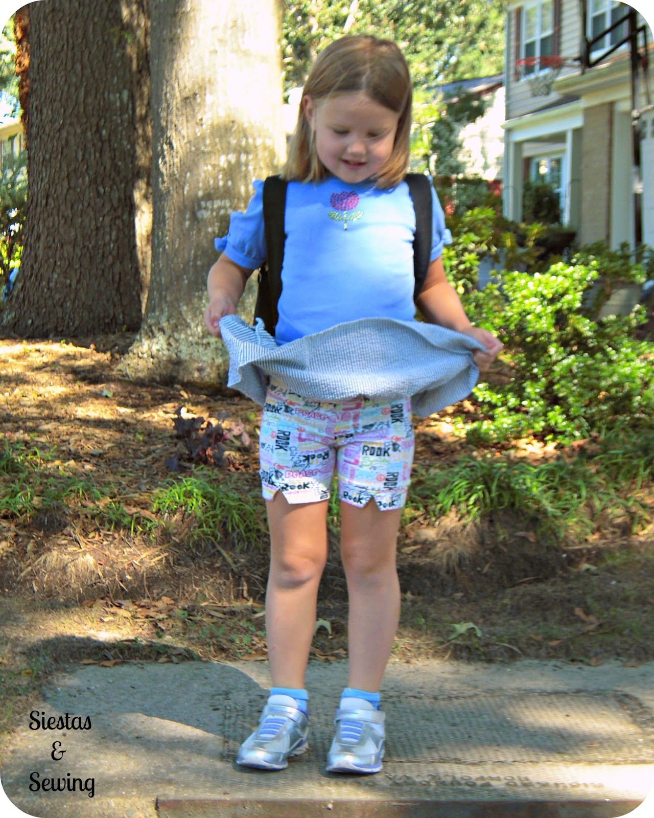 Siestas And Sewing: Shorts For Skirts