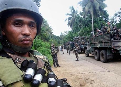 Militer Filipina Bebaskan Warga Vietnam dari Tangan Teroris Abu Sayyaf