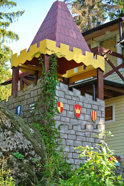 easy castle in garden