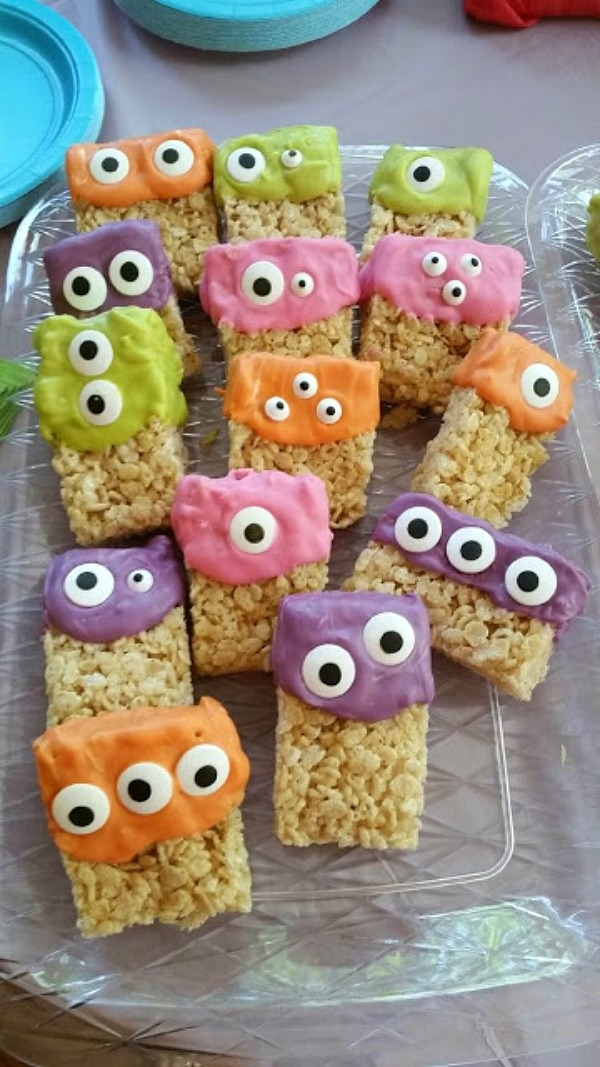 Monster Rice Krispie Treats from A Girl after My Own Heart...
