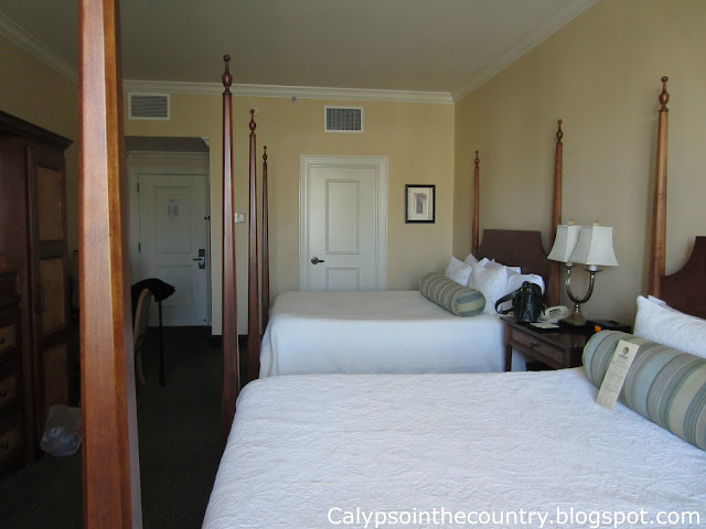 Guest room beds at Harborview Inn