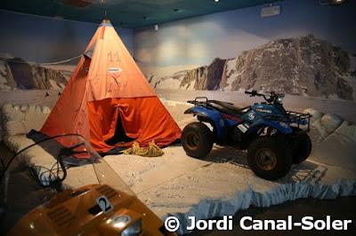 Equipo polar en el Museo de la Antártida de Génova