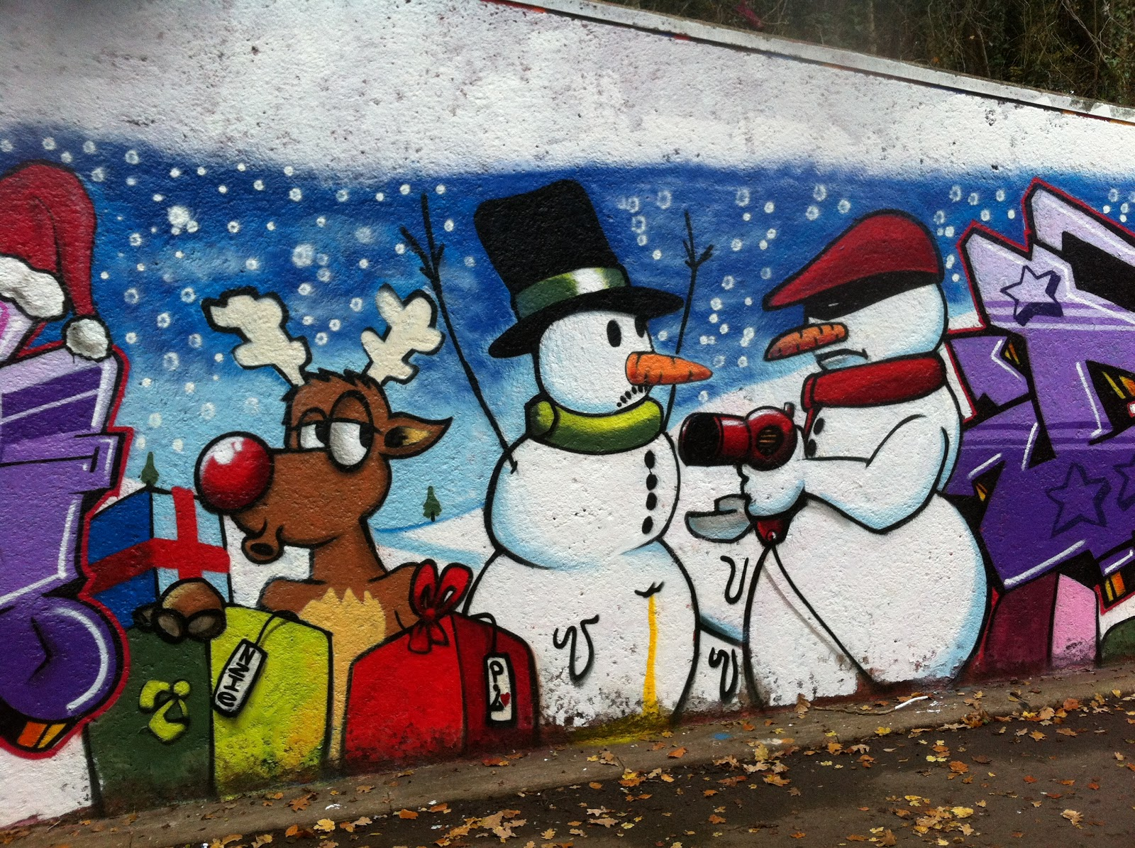 Natal Wallpaper 3d The Cabbages Of Doom When Snowmen Go Bad Christmas Graffiti