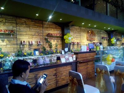 Igor's Pastry & Cafe