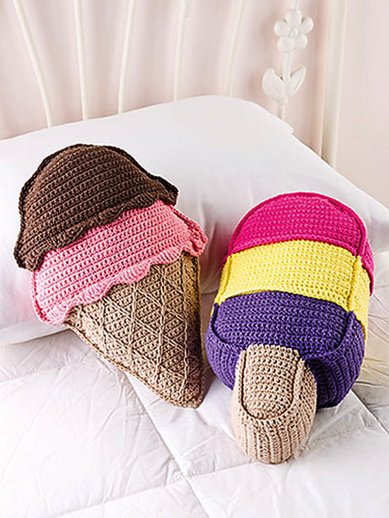 Sweet treat, ice cream pillows. Pattern and photo by Debra Arch | Happy in Red