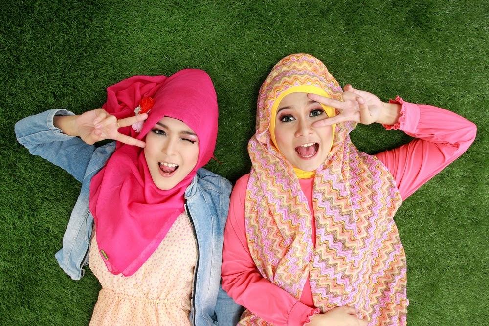 Fashion Tips Khusus Hijaber Bertubuh Mungil 3e6cb2879c