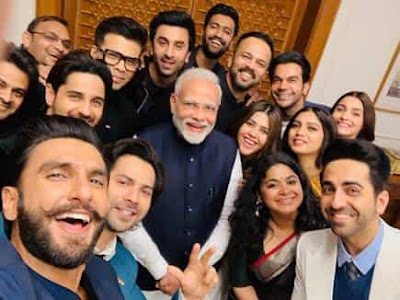 Bollywood Stars Meet with PM Narendra Modis and clicked selfie