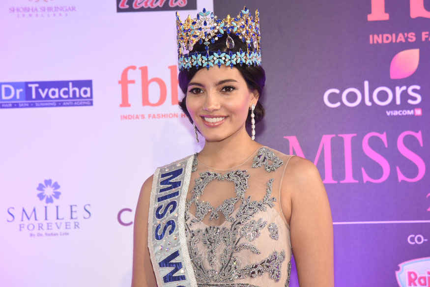 Stephanie Del Valle Miss World Attends The Femina Miss India 2017 Finale