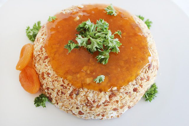 Honey Apricot Almond Cheese Round