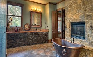 Baño rústico decorado