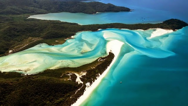 1. Whitehaven Beach, Whitsunday Island, Australia. - Summer Is For Relaxing.... These 10 Beaches Will Cut Off Your Breath!