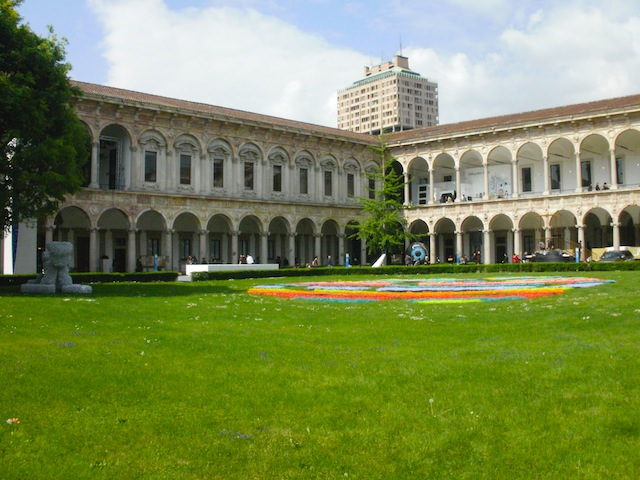 Milan University cloister  with the Velasca Tower in the background (2012)