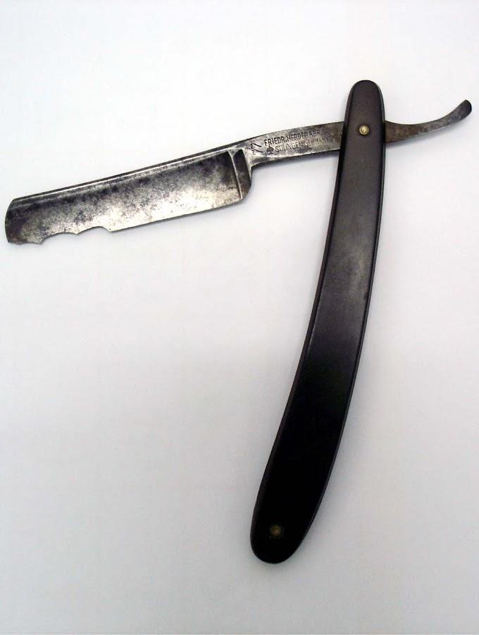 Pisau cukur atau pisau pemotong daging?