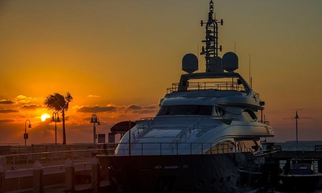 Barco na Mallory Square no Por do sol em Key West