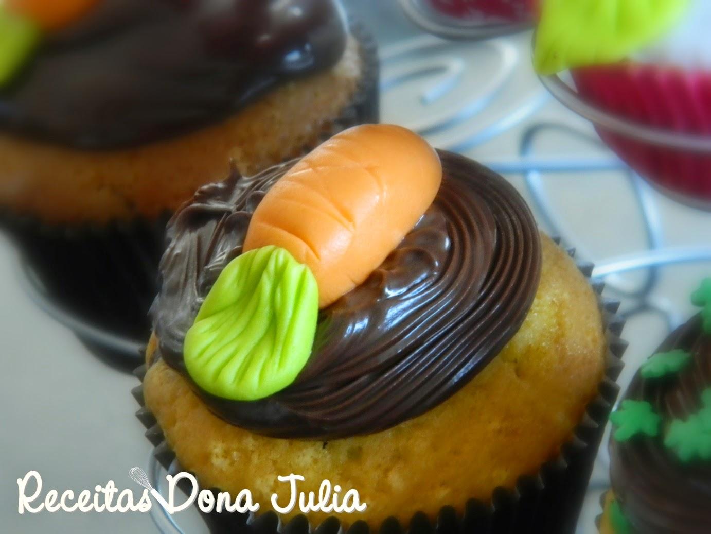"""""""Cupcake de Cenoura com Ganache"""""""