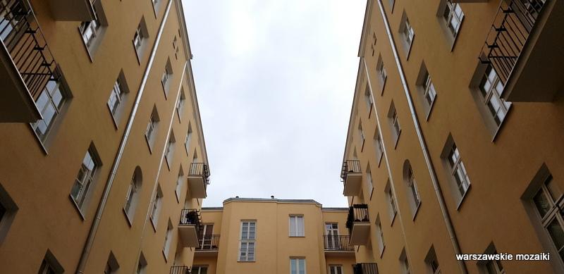 Warszawa Warsaw kamienica Śródmieście warszawskie kamienice architektura architecture podwórko studnia