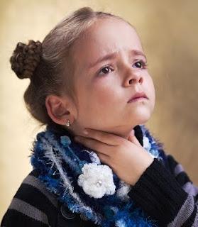 anak kecil rentan terserang radang tenggorokan
