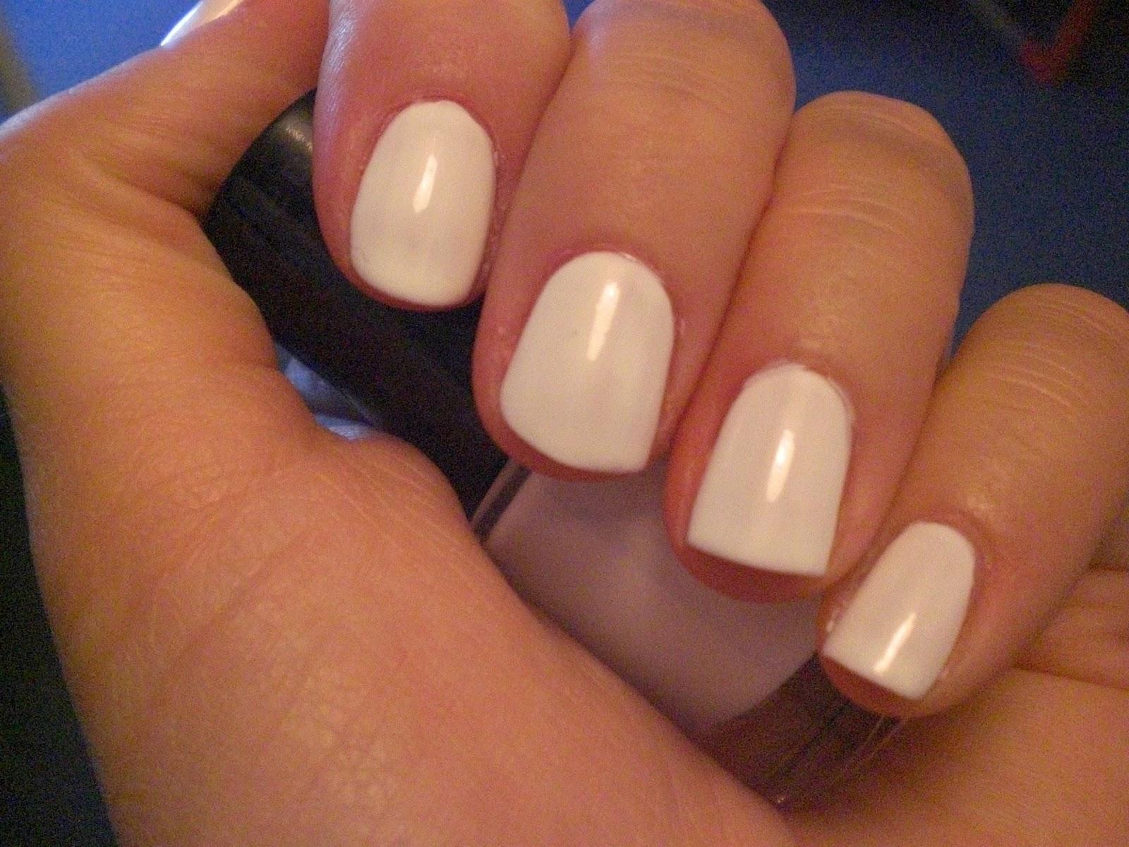 Pinkbeauty Weiße Nägel