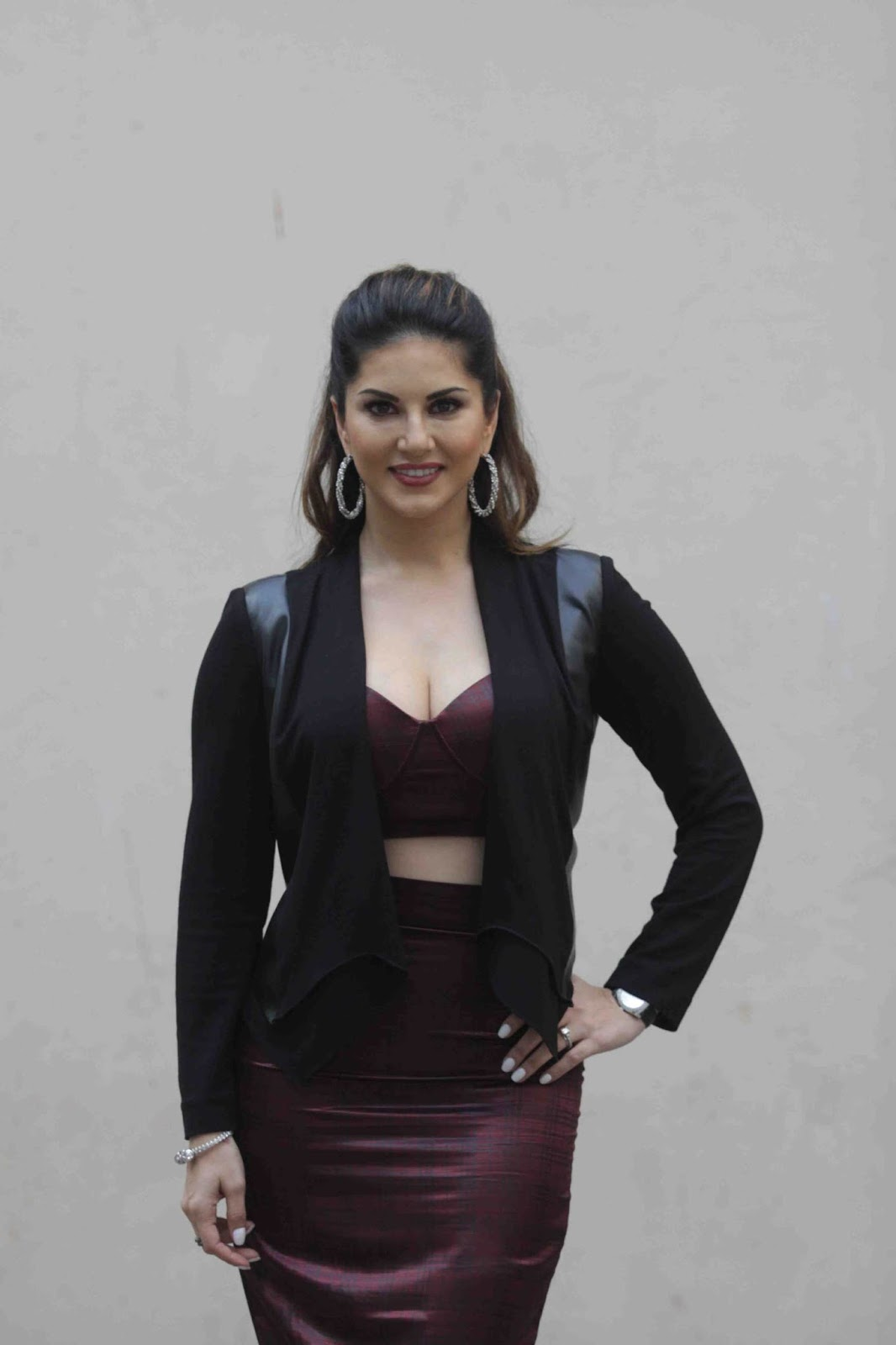 Sunny Leone At Mastizaade Movie Press Meet Event-9260