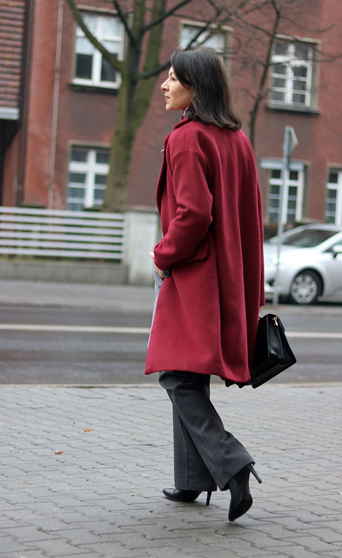 burgundy coat fall 2018