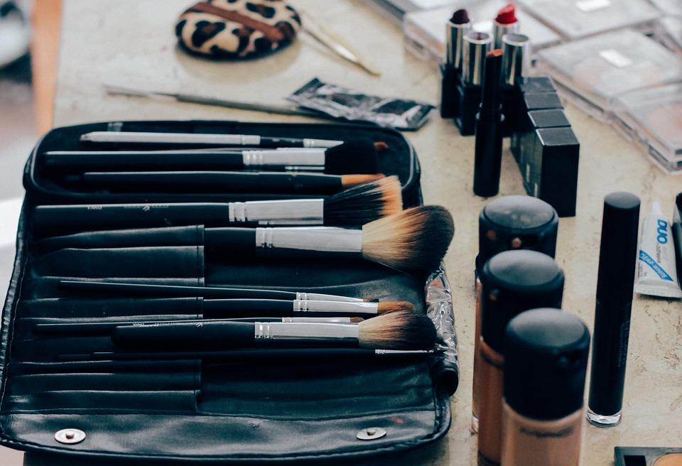 Disinfect Your Makeup Stash - Makeup Brush Set