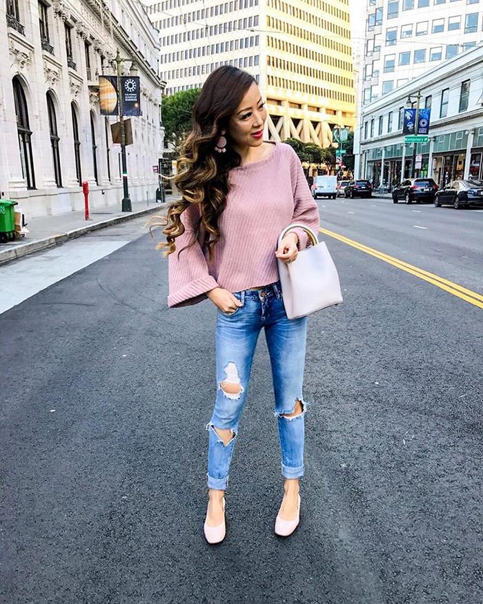 free people blush sweater, blank denim jeans, bucket bag, baublebar earrings, everlane day heel, shopbop gobig18 sale, spring outfit ideas