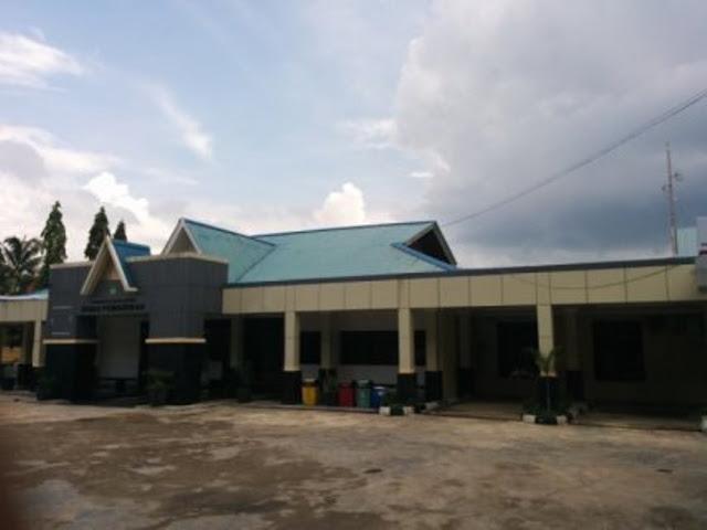 Oknum Pejabat Disdik Batam Lakukan Penyalahgunaan Wewenang : Bisnis Seragam Sekolah, Perkaya Diri Sendiri