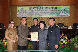 Walikota Hadiri Paripurna Dekot Tomohon