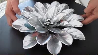 adornos-flores-latas-de-aluminio-recicladas