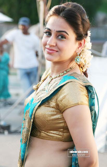 Aksha Pardasany Hot