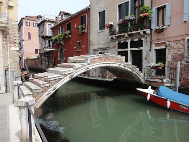 Historie a tajemství benátských mostů, Benátky