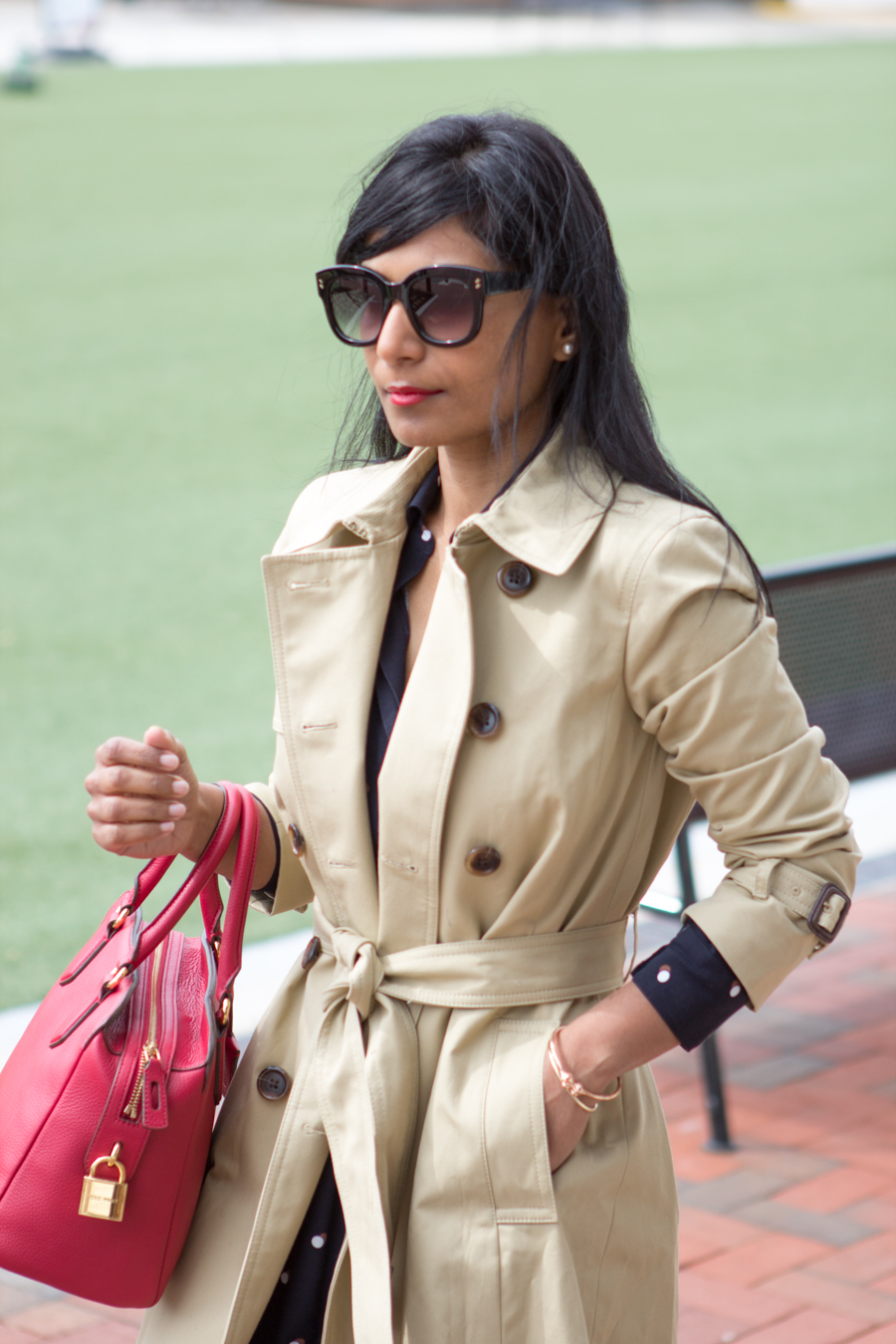 rainy day style, work style, trench-coat, trench, stone trench, perfect trench, classic trench, classic coat, jcrew style, j.crew, preppy, chic coat, mommy style, personal style, style blog