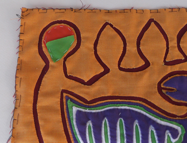 mola, molas, cuna indian arts, kuna indians embroidery, textile arts, textile decorative arts