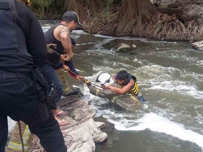 ¡A punto de morir por hipotermia! -  Cayó al río sabinal