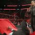 Ronda Rousey assina o seu contrato com a WWE