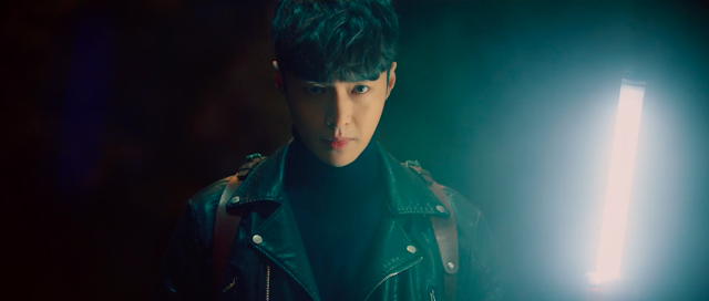 The Golden Eyes Zhang Yixing Lay