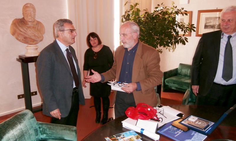 Ευχάριστη και επαινετή η επίσκεψη αντιπροσωπείας του ΟΛΑ στο λιμάνι του Λιβόρνο