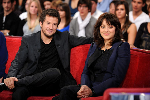 Hollywood All Stars: Marion Cotillard with Husband in Pics