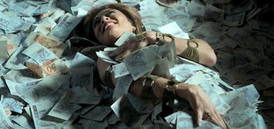 Juliana Paes como a Bibi Perigosa de A Força do Querer: dá pra fazer uma novela inteira com o prêmio