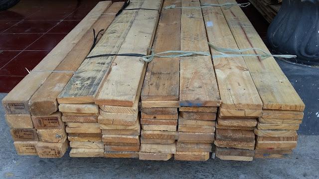 papan mentah kayu jati belanda