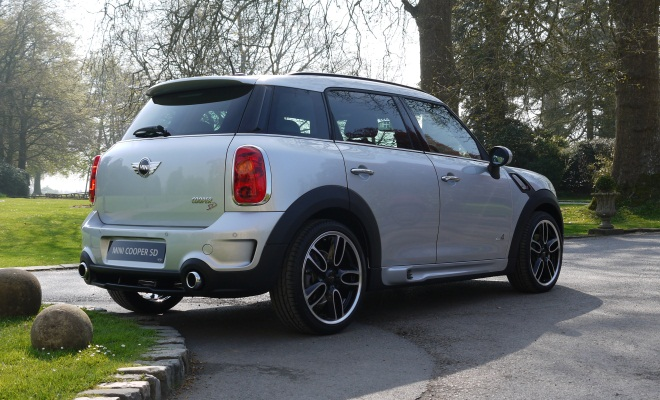 Mini Countryman Cooper SD rear view