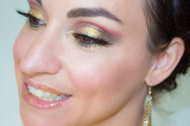 maquillage-makeup-dore-gold-gris-fauxcils-tuto-hudabeauty-urbandecay