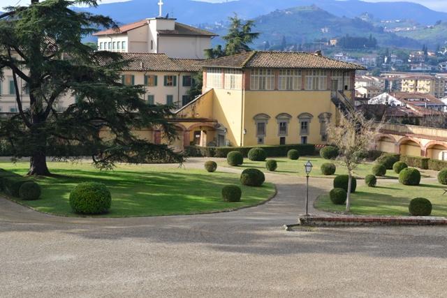 GIARIDNO-ALL-ITALIANA-VILLA-MEDICI-POGGIO-A-CAIANO-MONTALBANO