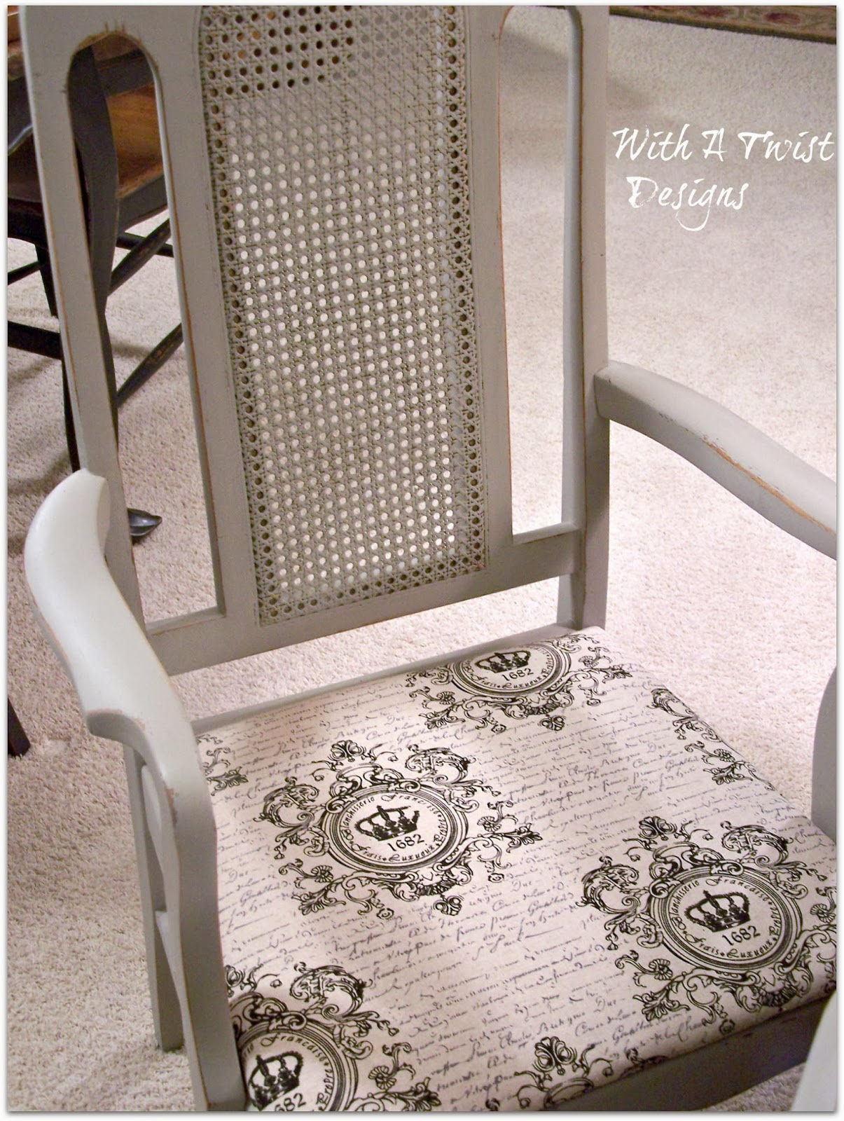 With A Twist Vintage Market Amp Design Furniture Paint