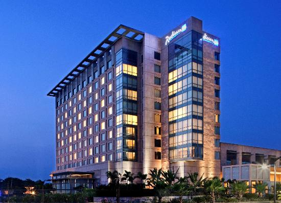 Radisson blu 5 star luxury hotel agra taj mahal agra for Radisson hotel