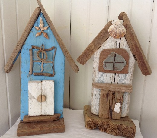 Decorative Driftwood Houses