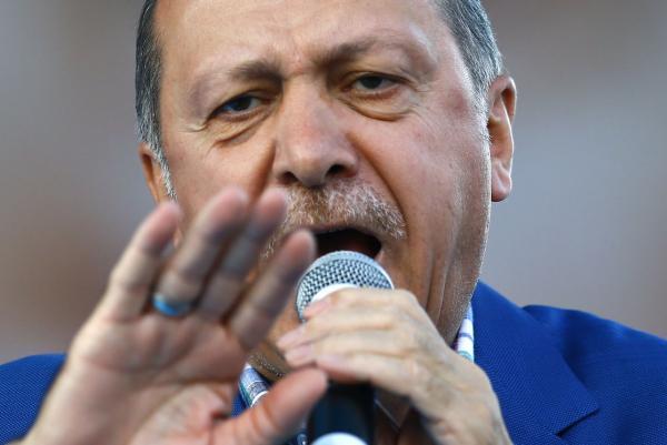 Turkey's President Recep Tayyip Erdogan, cut off Wikipedia