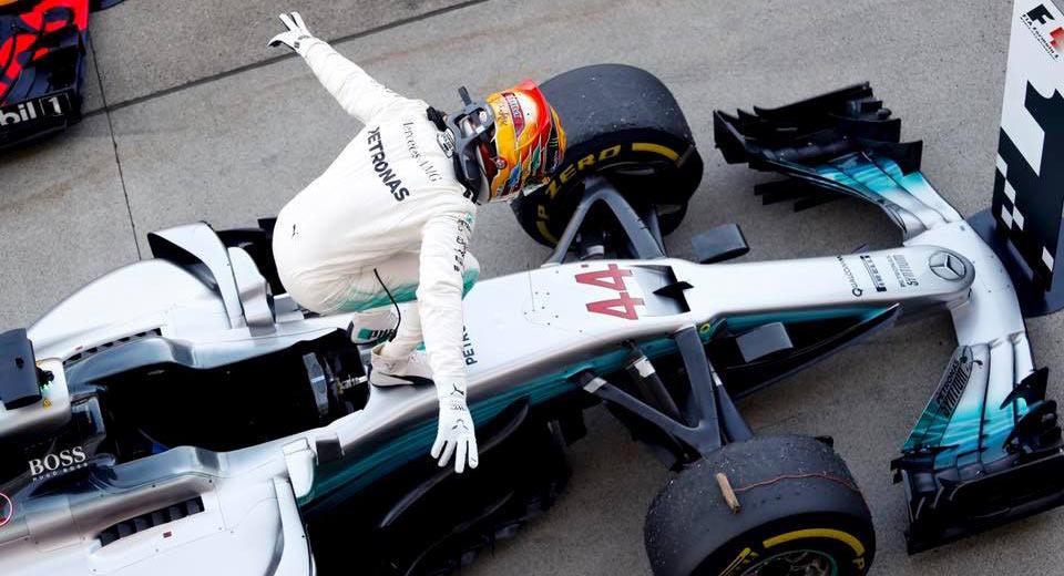 Lewis-Hamilton-Japanese-GP-10-.jpg