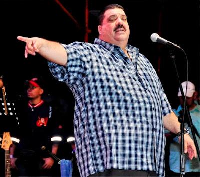 Foto de Maelo Ruiz en el escenario