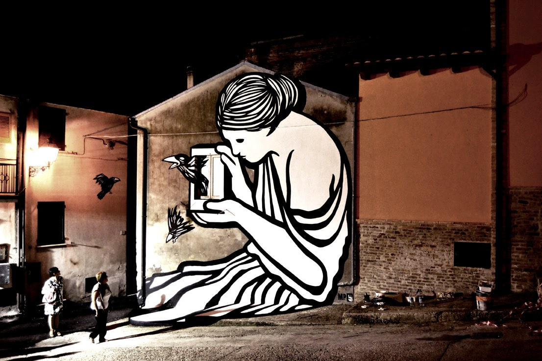 Our friend MP5 recently stopped by Abruzzo in Italy where she spent a few days working on this beautiful new piece.